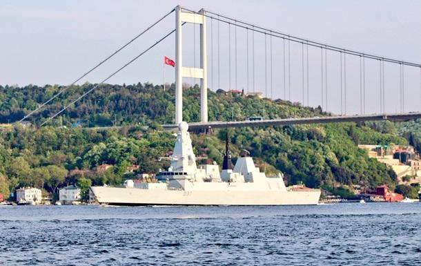 В Черное море вошла группа кораблей НАТО