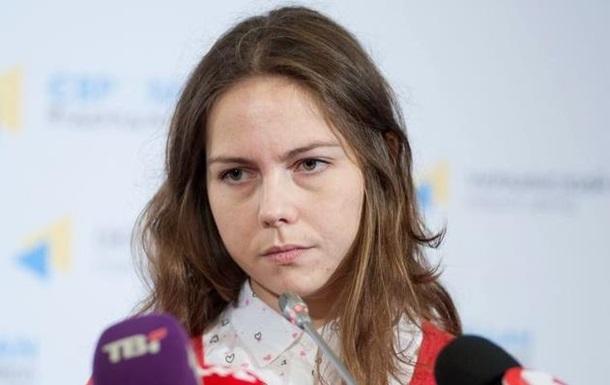 СБУ допрашивает Веру Савченко