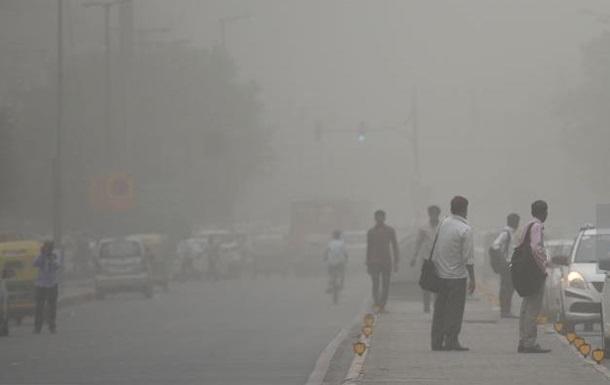 Количество погибших от песчаной бури в Индии увеличилось почти до 100