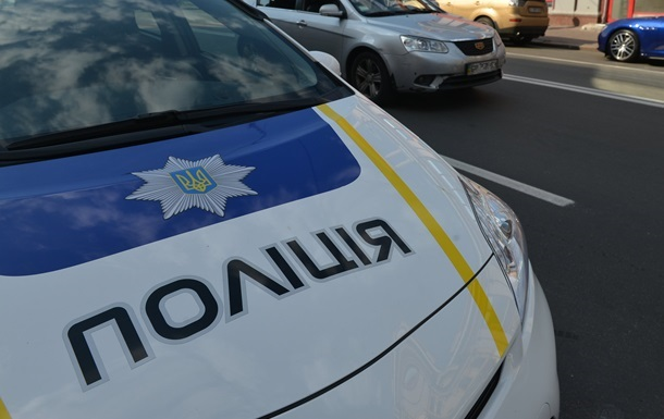В Кривом Роге автомобиль патрульной полиции сбил пешехода
