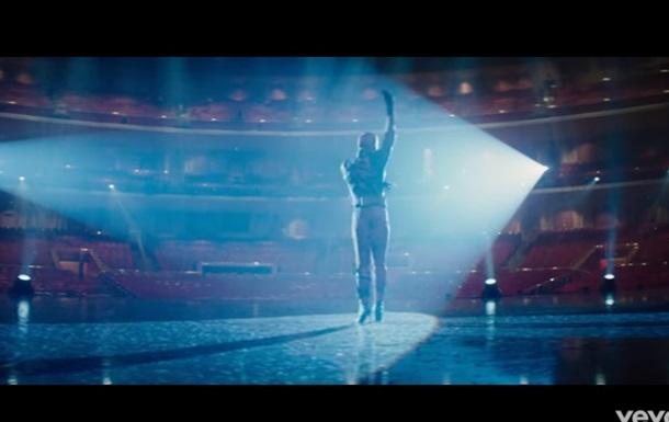 Дэдпул в клипе Селин Дион станцевал на каблуках