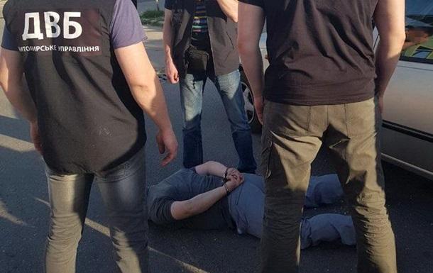 В Житомирской области на взятке задержали подполковника полиции