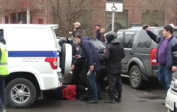 Кількість затриманих на акціях проти Путіна зросла до 1607 осіб