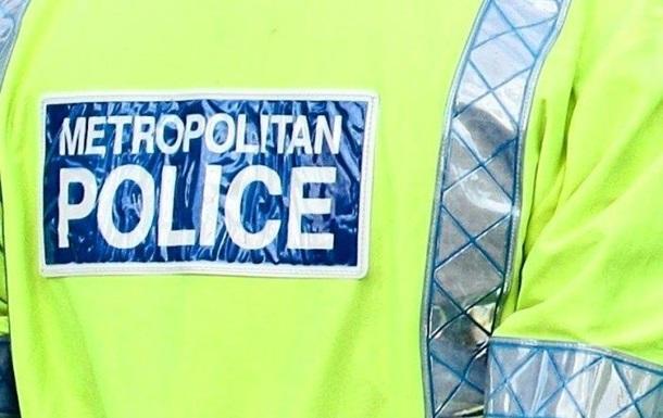В Лондоне трех человек облили  токсичным веществом