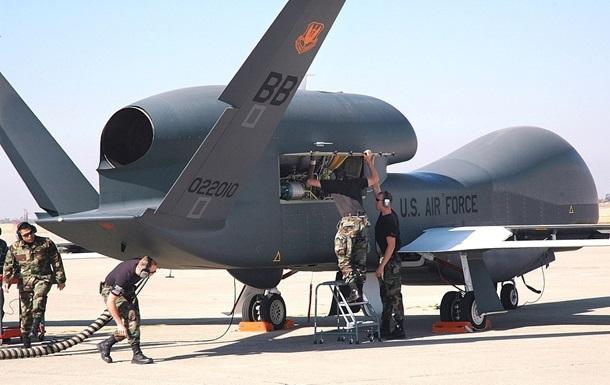 Самолет США провел разведку вблизи Крыма