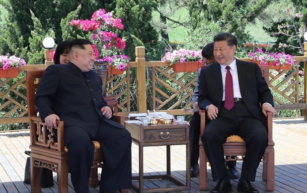 Глава Китая провел встречу с лидером КНДР