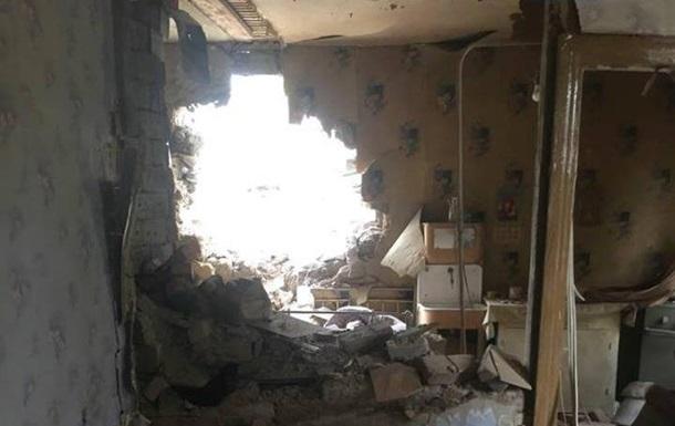 Обстрел в Луганской области: повреждены десятки домов