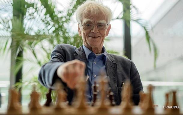 Шахматисты живут почти на восемь лет дольше - ученые