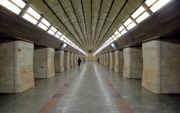 В центре Киева в метро умер пассажир