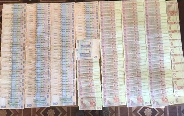 Военного прокурора пытались подкупить за 100 тысяч гривен