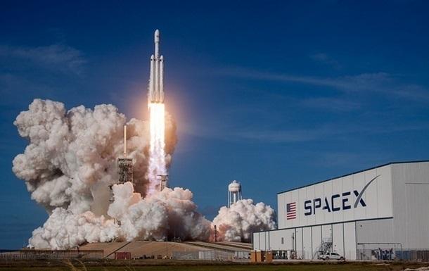 В США отменили запуск новой ракеты Falcon-9 со спутником