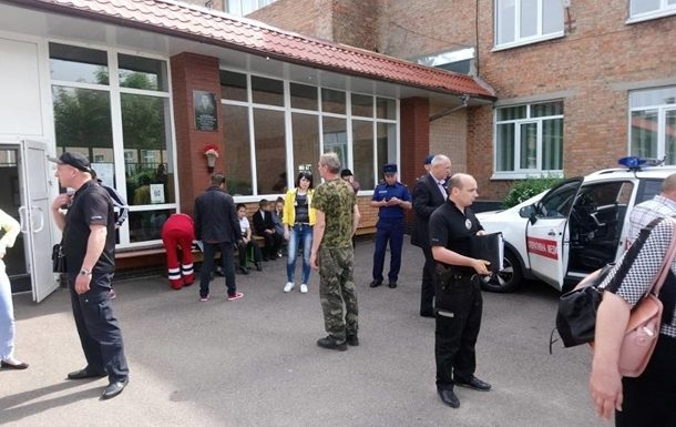 Отруєння в Черкасах: у лікарні перебувають 55 учнів
