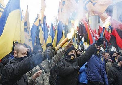Акции украинских радикалов: в чем смысл?
