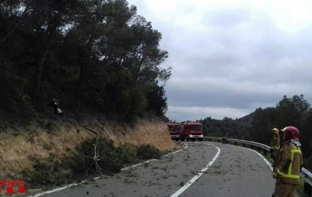 В Испании при крушении самолета погибли три человека