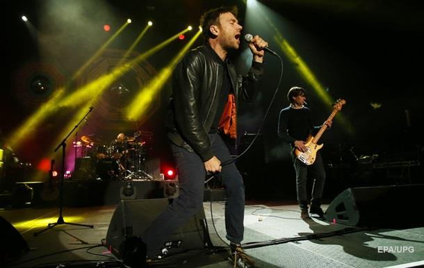 Солист Gorillaz забыл новый альбом группы в такси