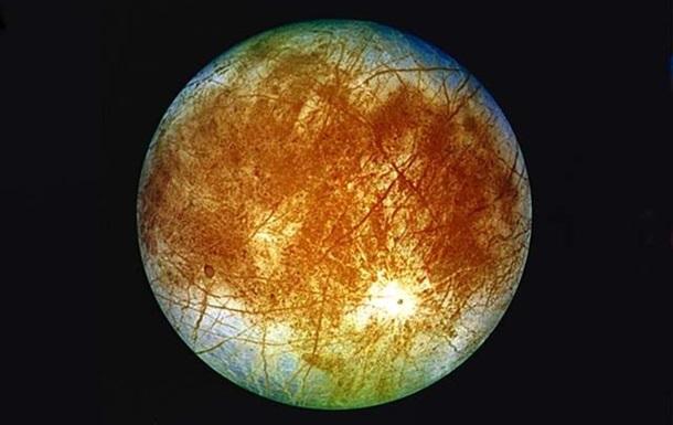 Астрономы нашли новые следы активных гейзеров на спутнике Юпитера