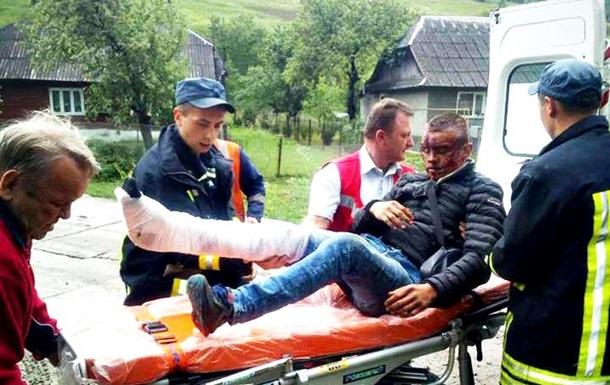 На Закарпатті пасажир випав з поїзда