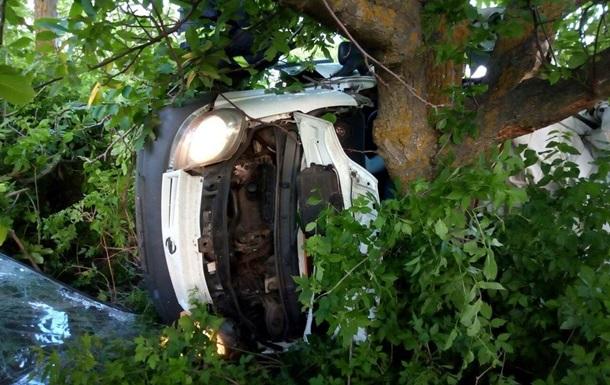 Під Миколаєвом в ДТП загинуло п ятеро людей