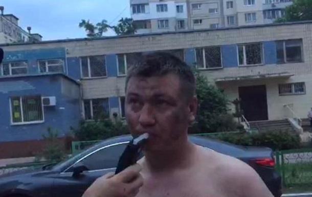 В Киеве пьяные разбили девять авто