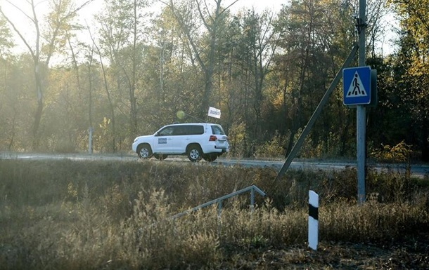 На Донбасі біля патрулів ОБСЄ стався вибух