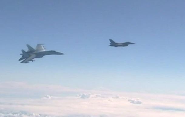 За неделю истребители НАТО сопроводили над Балтикой шесть самолетов РФ