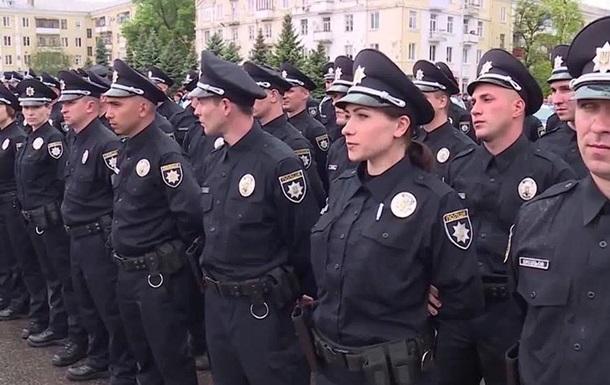 Полицейских в Борисполе разрисуют в цвета Реала и Ливерпуля