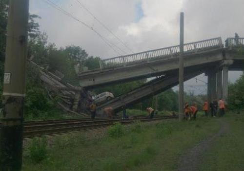 Почему «власти» ЛНР скрывают подрыв моста в Красном Луче?