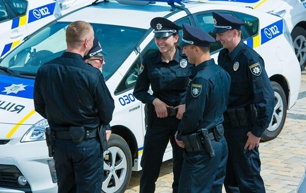В Киеве полицейских не будут разрисовывать в цвета Реала и Ливерпуля
