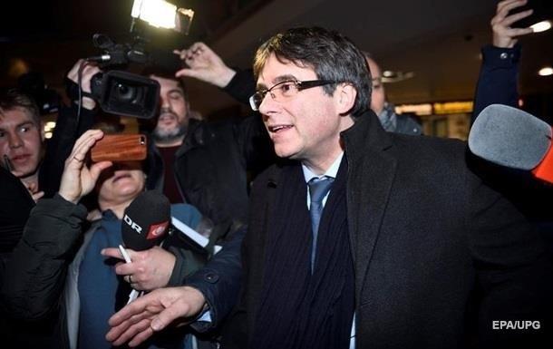У Німеччині суд відмовився заарештовувати екс-главу Каталонії