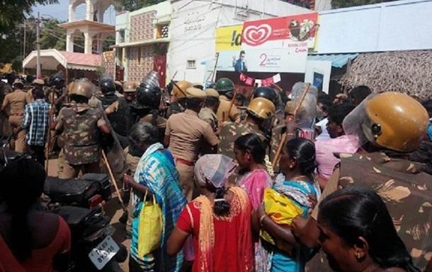 Протесты в Индии: число жертв выросло до 12