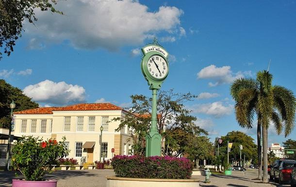 Жители Флориды получили от властей оповещение о вторжении зомби