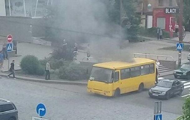 В Донецке взорвалась маршрутка – соцсети