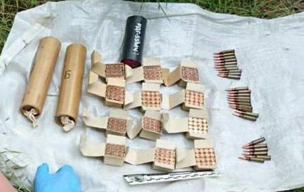 В Одесской области нашли два тайника с боеприпасами
