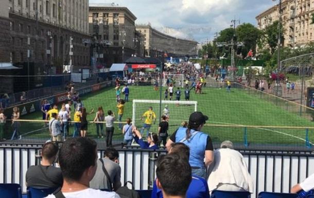 У Києві відкрили фан-зону фіналу ЛЧ