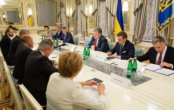 Порошенко закликав главу ЄБРР подвоїти фінансування проектів в Україні