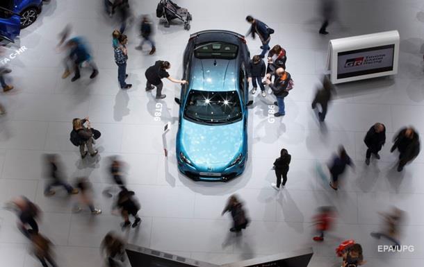 Эксперты назвали самые дорогие бренды авто