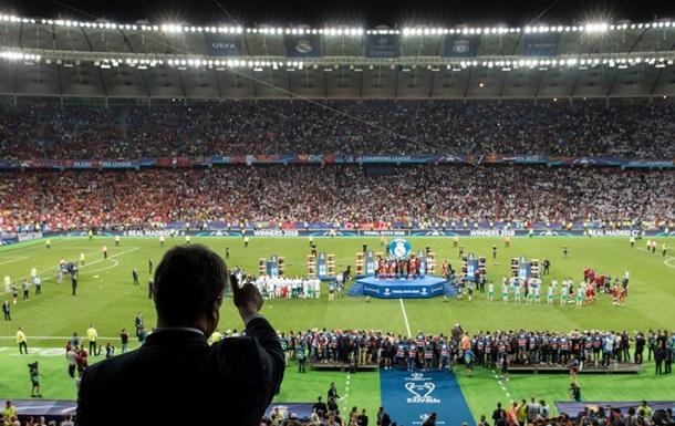 Порошенко привітав Реал з перемогою у фіналі ЛЧ