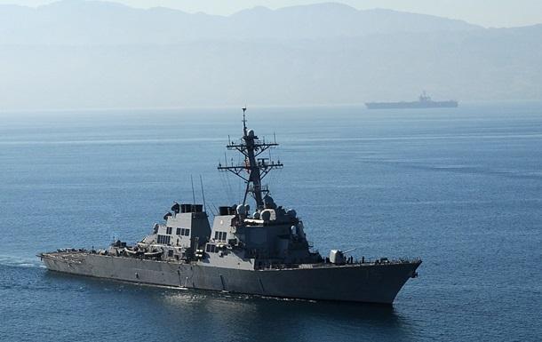Китай заявил о вторжении США в свои воды