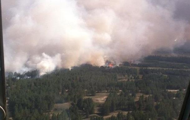 Лесной пожар на Херсонщине тушат более 200 человек