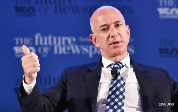 Глава Amazon Джефф Безос намерен колонизировать Луну
