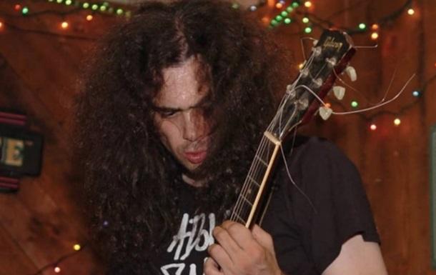 Гитарист Anal Cunt упал с эскалатора и умер