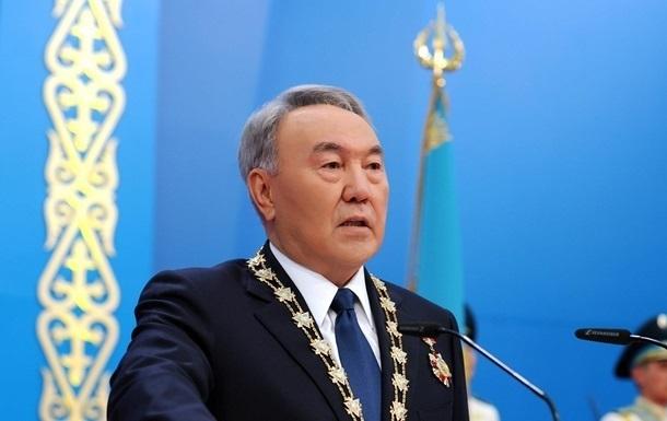 В Казахстане приняли закон о праве Назарбаева пожизненно возглавлять Совбез