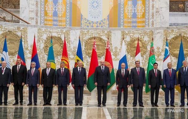 Україна відкликає двох дипломатів з органів СНД