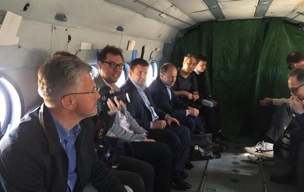Голови МЗС України та Німеччини полетіли на Донбас