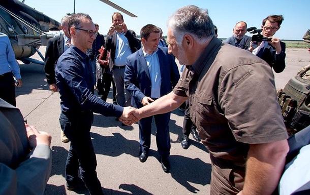 Глави МЗС України та Німеччини прибули в Маріуполь