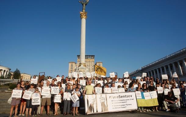 Голодовка до конца. Как мир поддерживает Сенцова