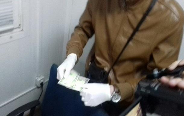 Во Львовской области задержали таможенников-взяточников