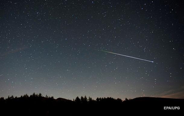 В Китае сняли на видео падение метеорита