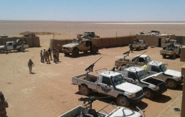 Сирия требует от США освободить базу в Эт-Танфе