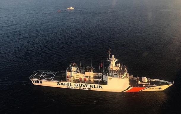 У берегов Турции утонули девять мигрантов